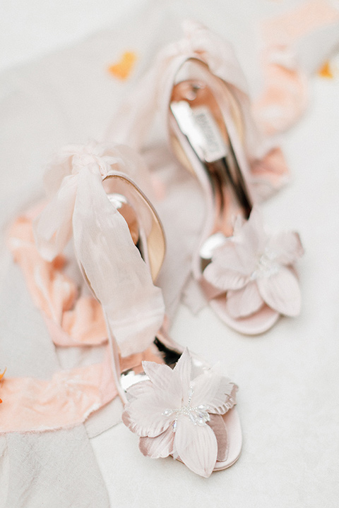 light blush bridal shoes with bows