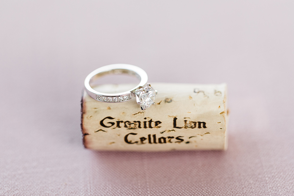 rings and wine corks