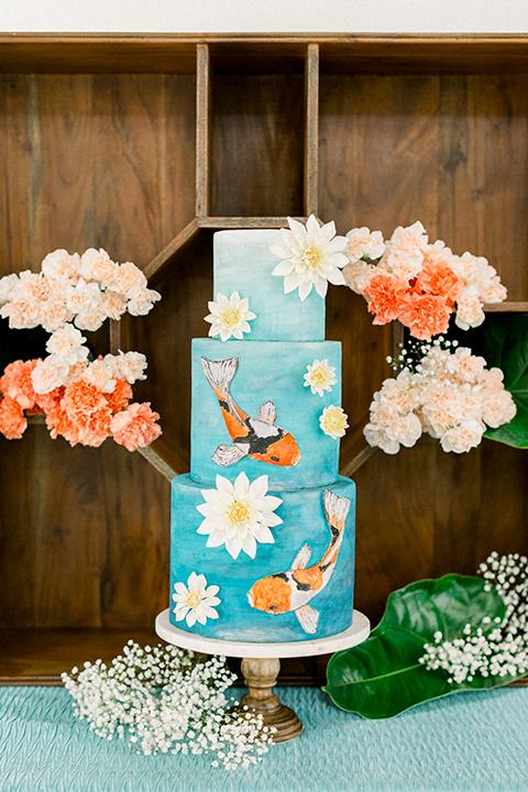ruffled shoot in texas – cake with koi fish design